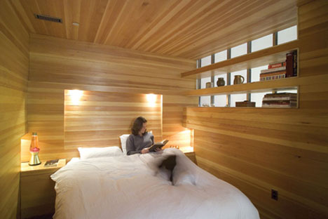 Ordinaire Entirely Wood? Unusually Warm Bedroom Interior Design