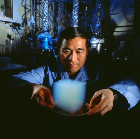 Aerogel: See-Through, Strong as Steel & Ligher than Air
