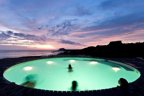 ocean rooftop deck swimming pool
