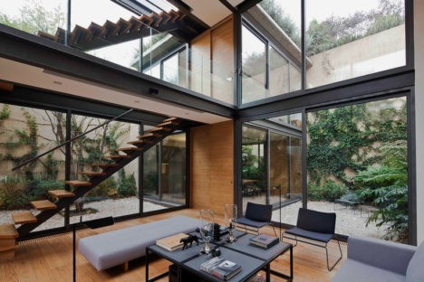 Gleaming Glass: A House with Four Green Courtyards