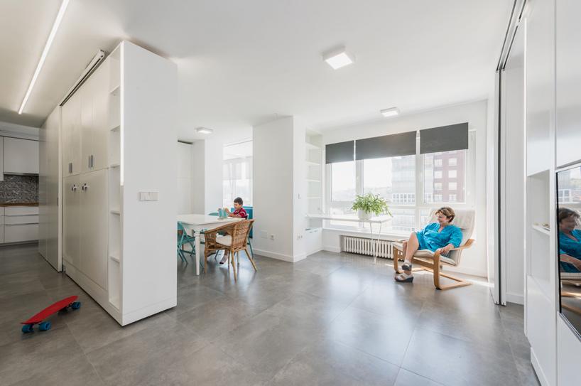 transforming apartment 4