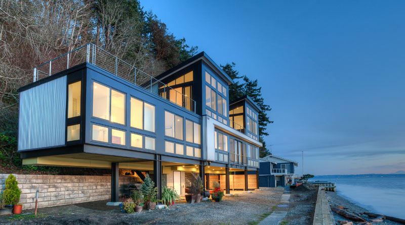 "High Tides & Mud Slides"" No Problem For This Modern Beach House on Stilts"
