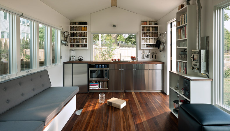 Small & Smart: Get Space-Saving Ideas From This Clever Tiny House
